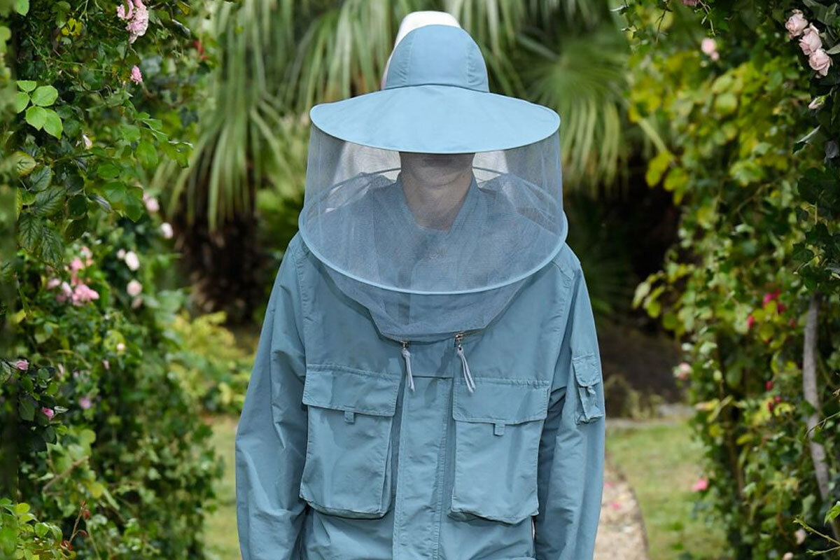 The Beekeeper Fashion, Felipe Oliveira Baptista creation